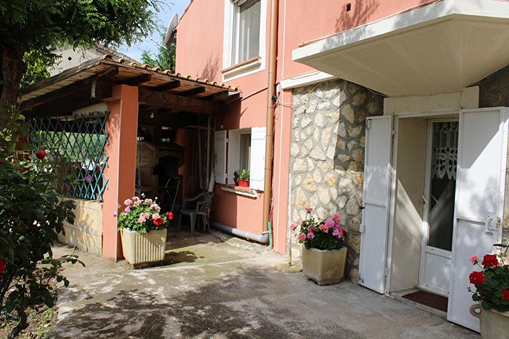 Maison Provençale  Remoulins 8 pièce(s) 180 m2