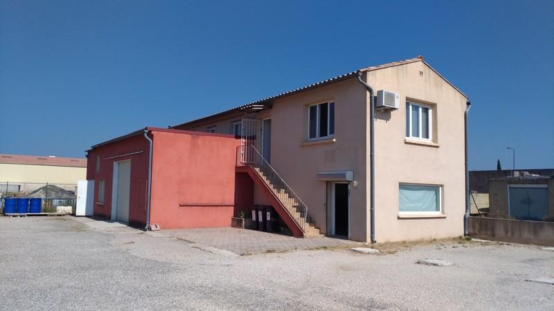 Local commercial de 215 m² SERIGNAN DU COMTAT