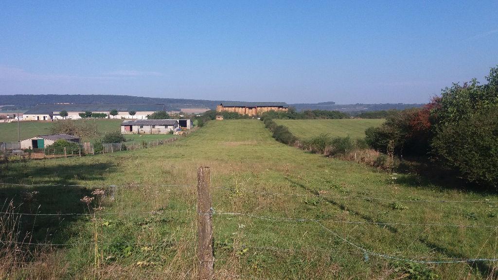 Terrain 5600 m2 Étrochey