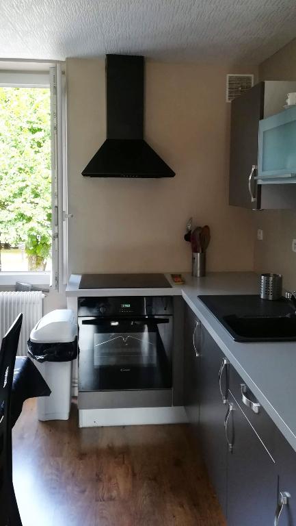 Bel Appartement  a Sainte Colombe Sur Seine 3 pièce(s) 70 m2  sans travaux 21400 cote d'or