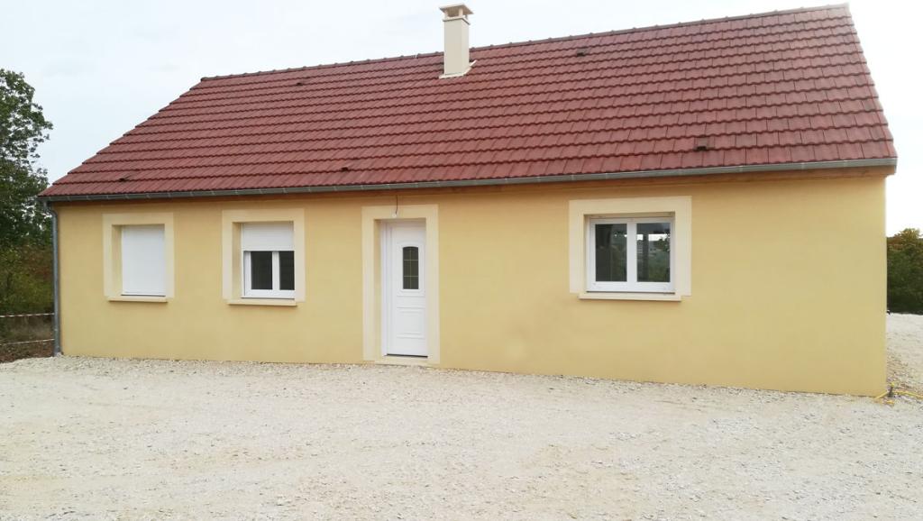 Pavillon  de pain pied proche de Châtillon sur seine 21400 cote d'or avec 1300m² de terrain dans village avec écoles et commerces.