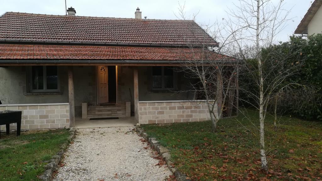 Maison de campagne rénovée avec terrain clôt  21400  proche Châtillon sur seine  cote d'or