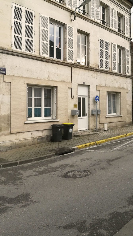 Appartement   proche du centre ville a Châtillon sur seine 21400 cote d'or