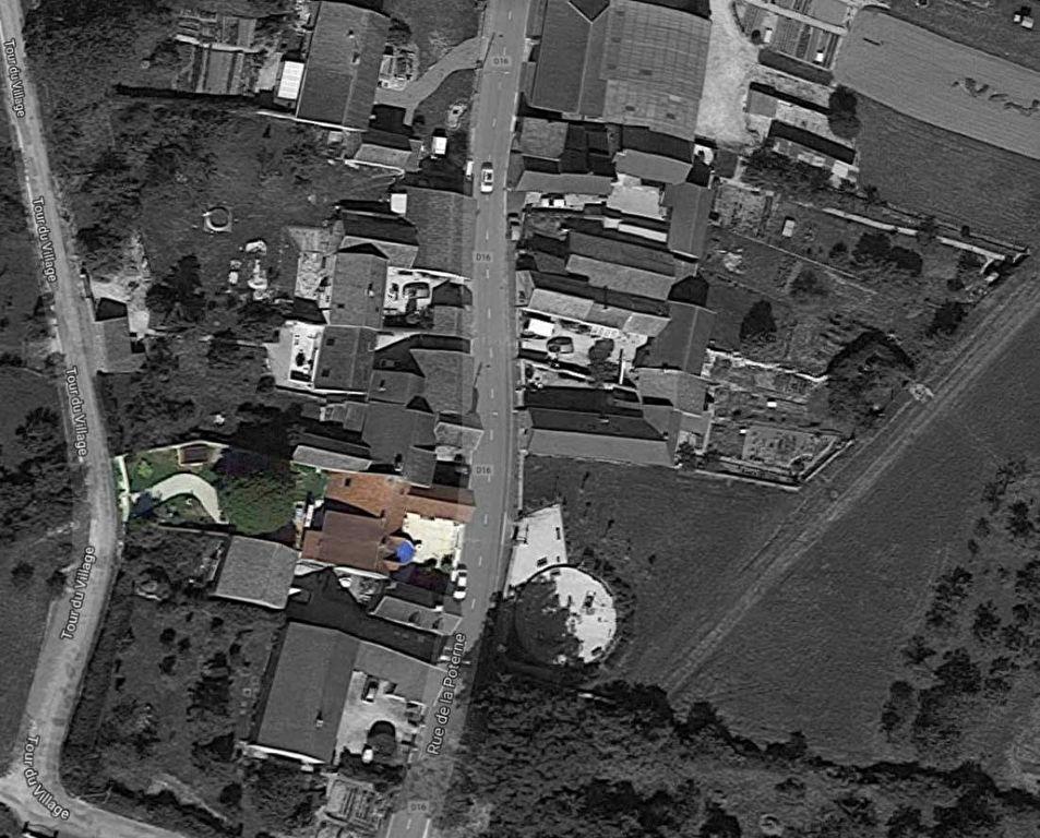 Maison de village  rénovée à  Bouix  21330 cote d'or  avec terrain et dépendance  proche de Châtillon sur seine