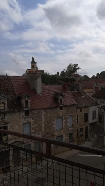 Bel appartement centre ville a rénover de 58m²  21400 Châtillon cote d'or