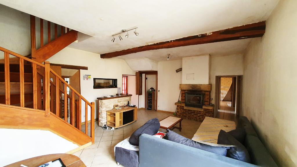 Maison Coulmier Le Sec 21400 Côte d'or, 4 pièce(s) avec cour et grange.