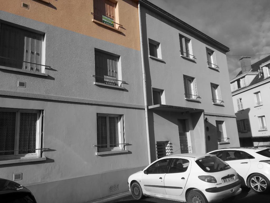 Appartement type T2, Châtillon-sur-Seine (21400 Côte-d'Or), quartier gare avec garage.