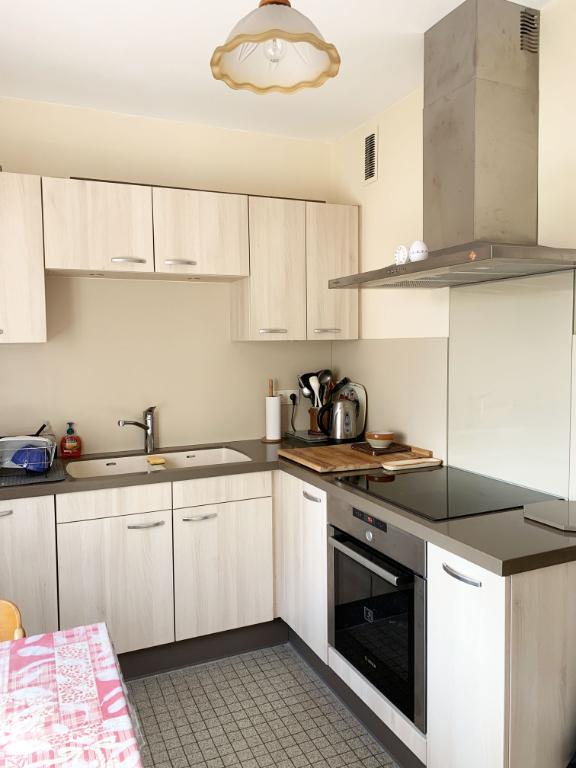 Châtillon-sur-Seine (21400 Côte-d'Or), appartement T3, 58,05 m² avec garage, entièrement rénové.