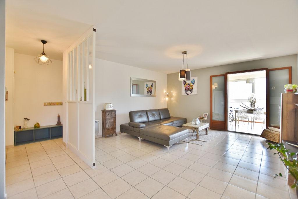 Appartement Mezzavia 4 pièce(s) 96 m2