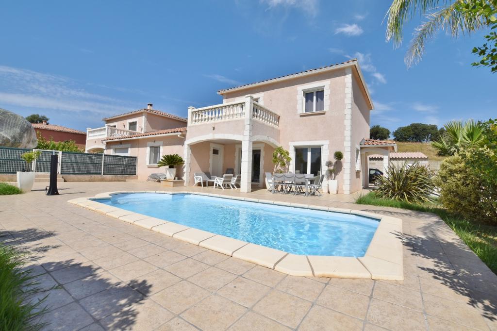 PROCHE AJACCIO Villa F4 récente avec piscine