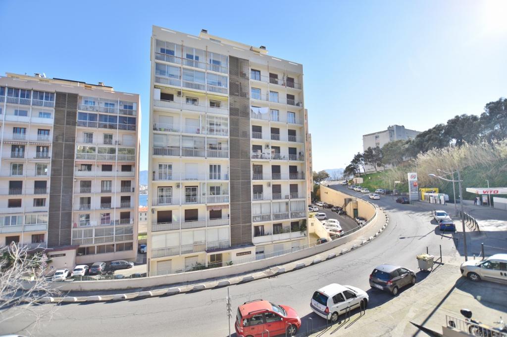 AJACCIO Studio 30m² avec terrasse