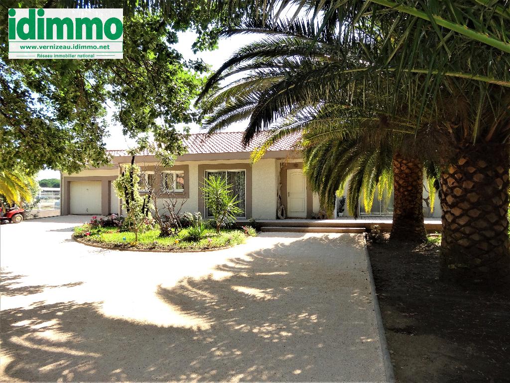 Maison Baho 5 pièce(s) 140 m2