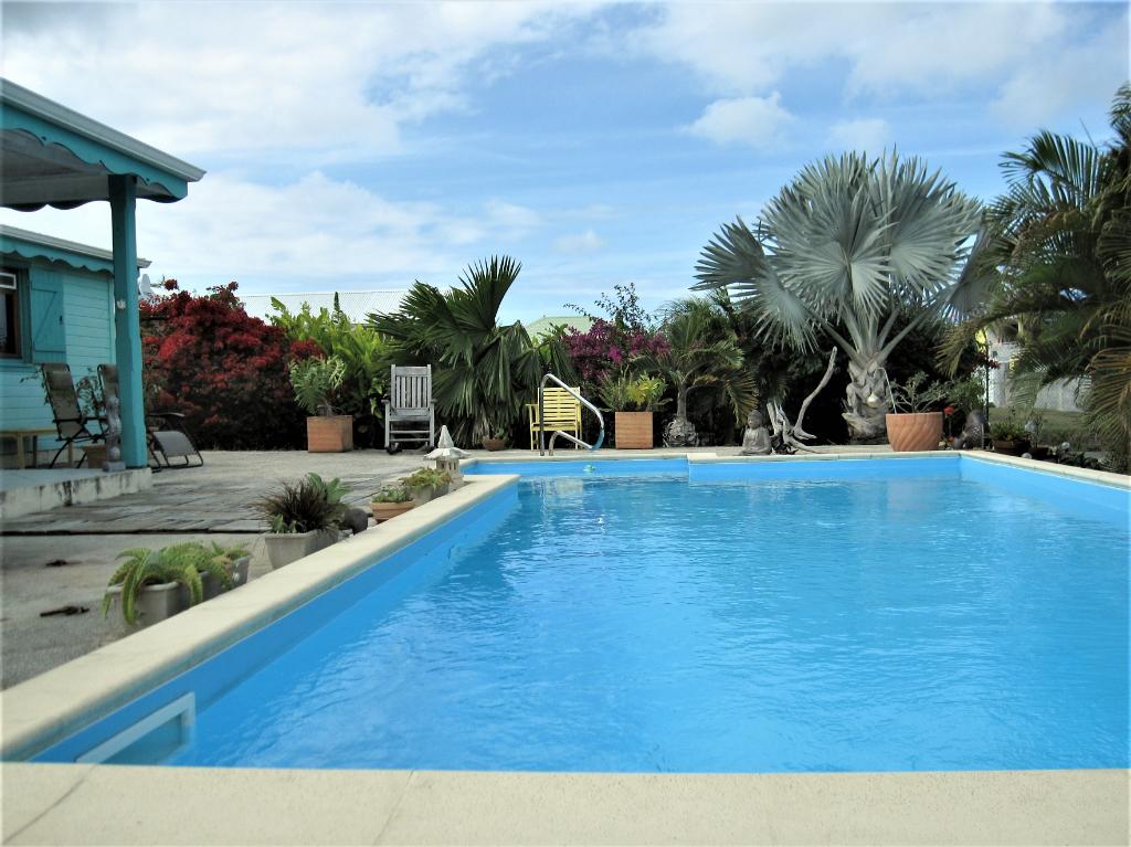 Villa  Anse Bertrand 4 pièce(s)  avec terrasse et piscine