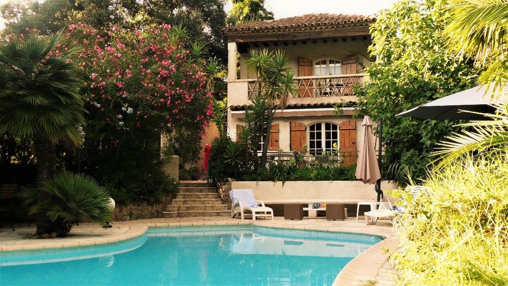 2 charmants maisons provençales