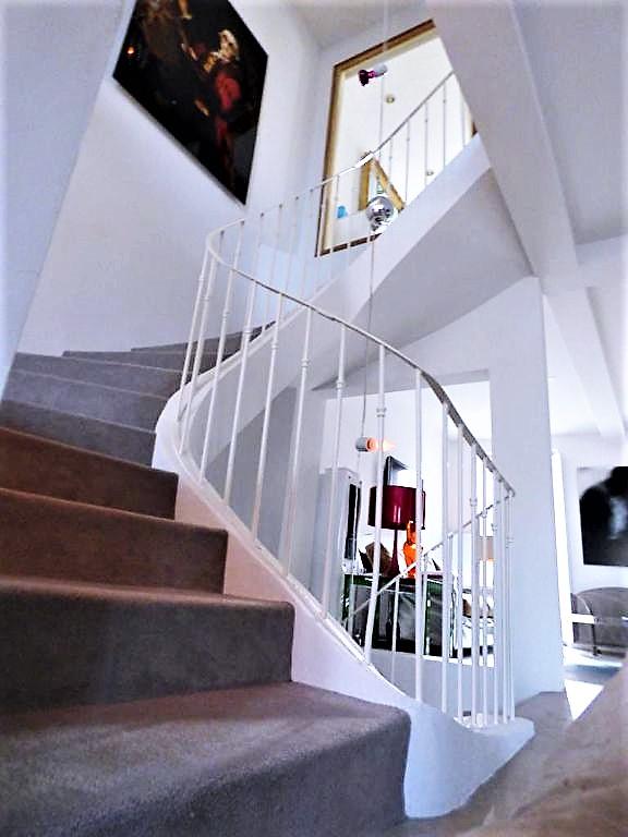 Villa Cogolin 5 pièce(s) 210 m2