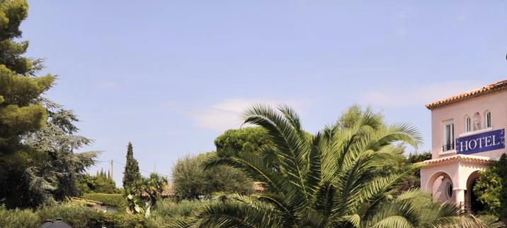 HÔTEL dans le golf de Saint-Tropez, face à la mer