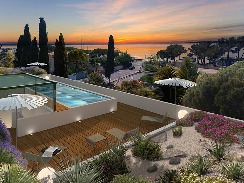 Profitez de la douceur de vivre sur le littoral proche de Sainte-Maxime avec ses plages de sable fin et ses criques rocheuses et vue sur mer !