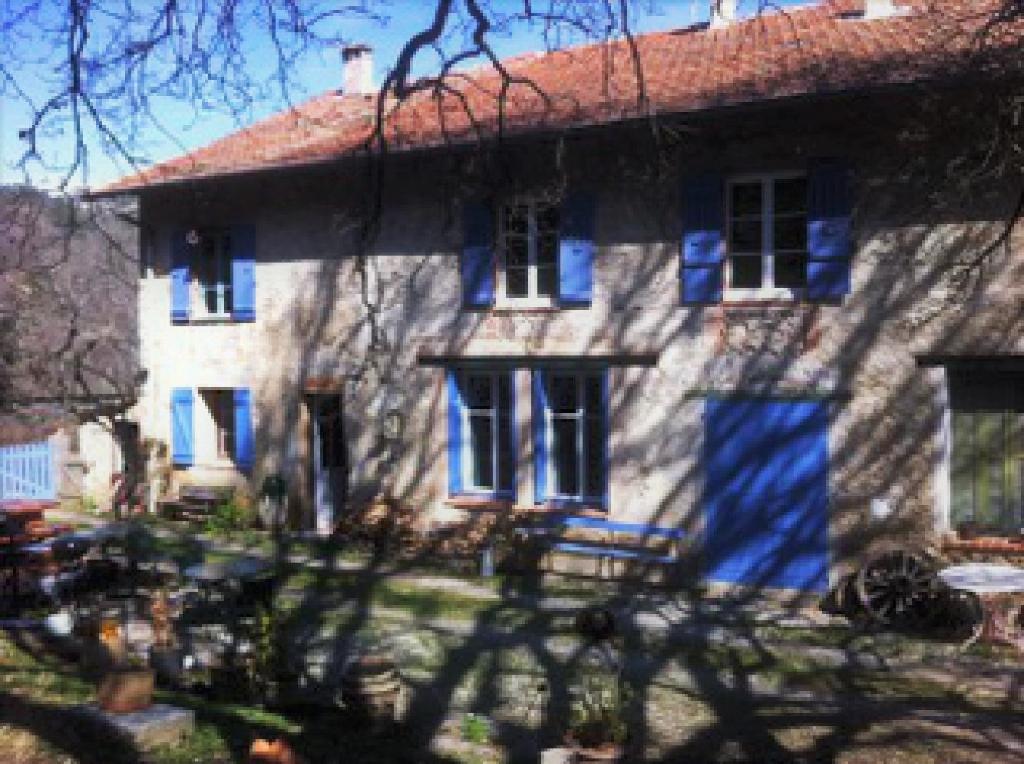 Le comté de Nice : Maison de pays, ferme, bergerie sur un domaine de 118 ha