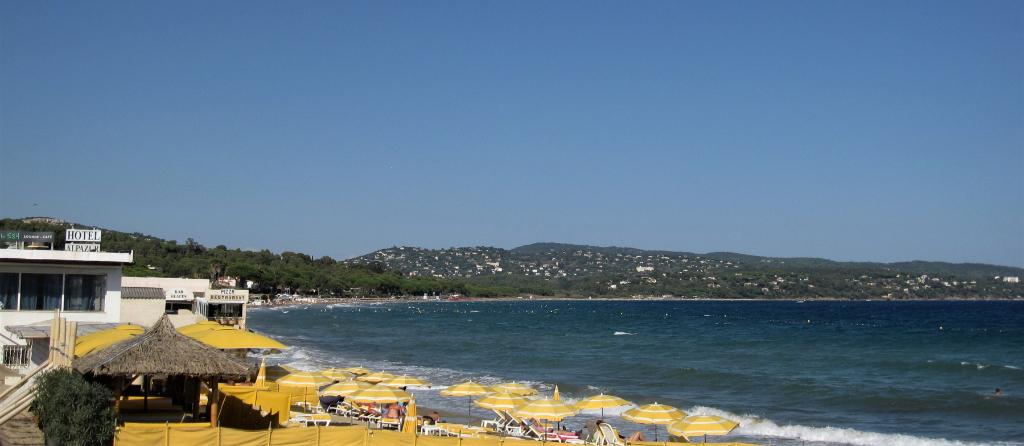 à 100m de la plage, T3 neuf calme, à 500m du centre ville. Choisissez vite le meilleur emplacement !