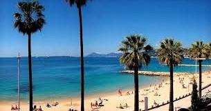 à 250m de la plage de Juan-les-Pins, luxueux T4 avec grand balcon