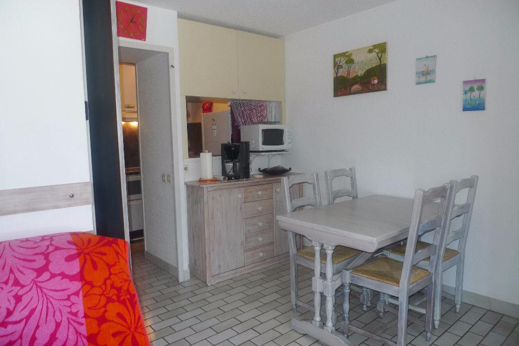 Appt  studio cabine (s) 32 m2 plage Richelieu:-  ALH