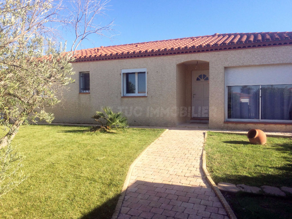 SAINT HIPPOLYTE Villa P.P 4 F sur 814 m² avec piscine