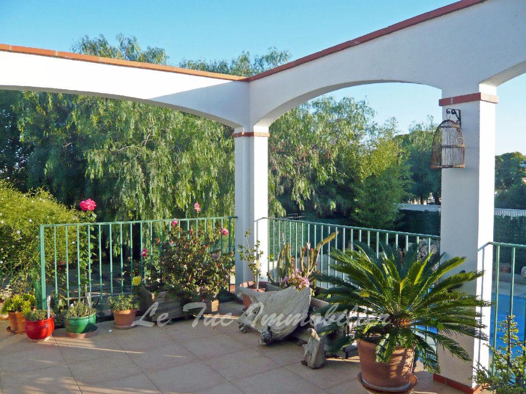 Saint Hippolyte : Villa 4 F 153 m² Hab. sur 860 m² avec piscine.