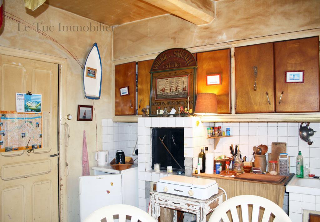 Maison à rénover 140 m² + garage et terrasse