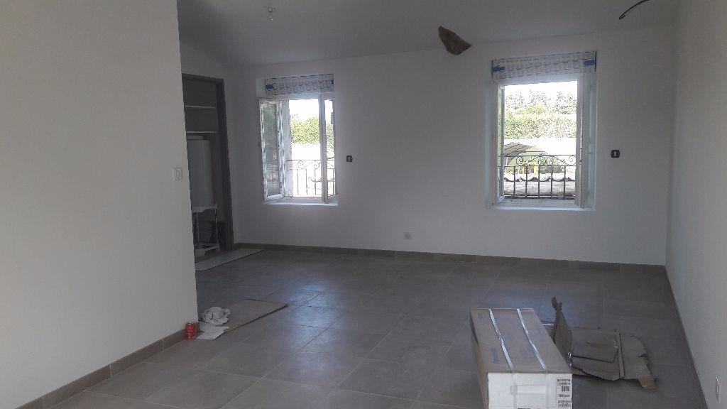 NEUF, 50 m²  T2 avec exterieur et parking
