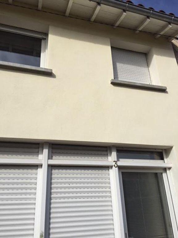 Maison  2 pièce(s) 70 m2