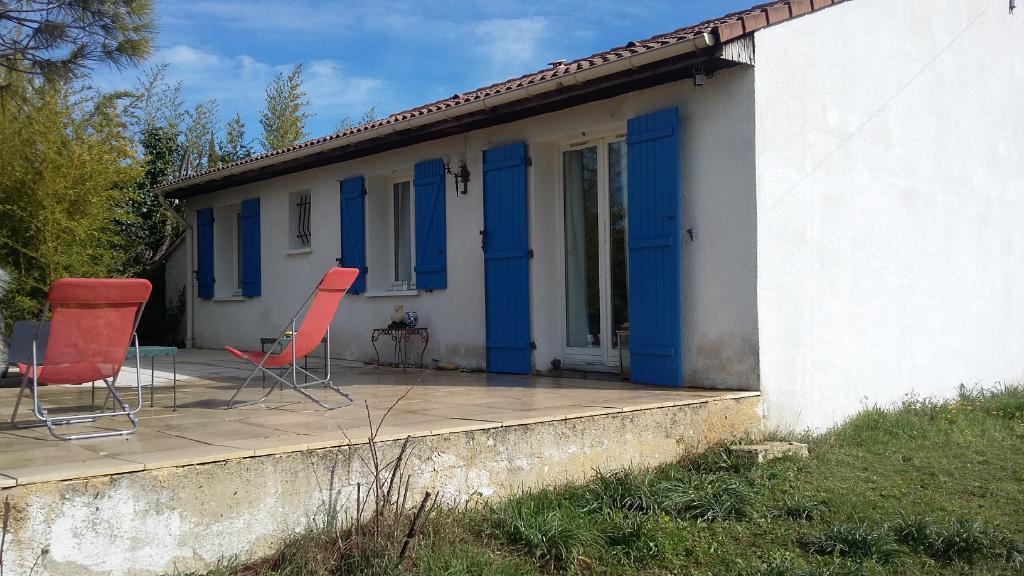 Belle maison plein pied de 76m2 , 5 pièces dans un endroit très calme 0699425308