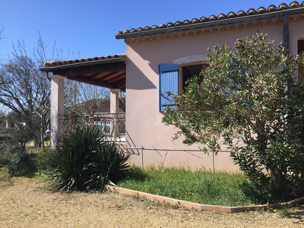A Sainte Cécile les Vignes belle maison de 175m2  sur 1800m2 de terrain plat avec vue du Mont Ventoux : 0668368774