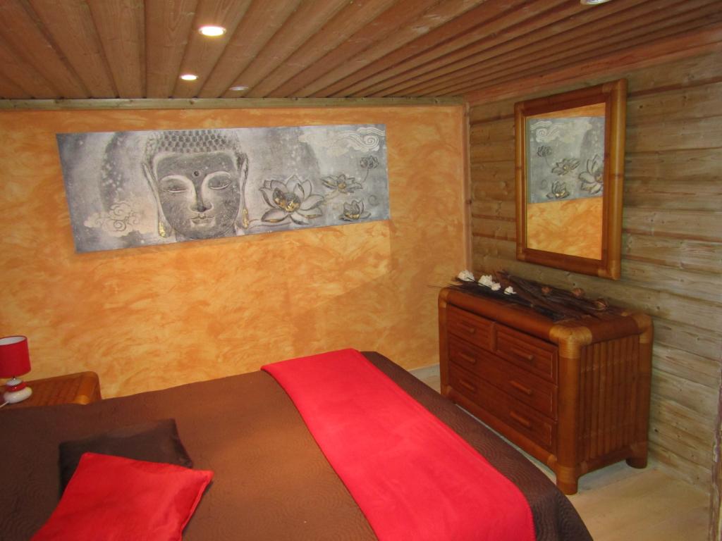 Chalet en bois  4 pièce(s) 72 m2 Porte en Valdaine (26). 650 m2 de terrain. 0699425308