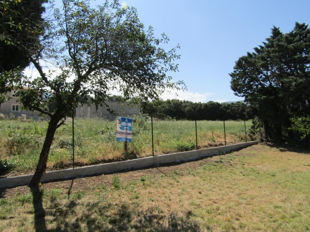 Terrain la Roche Saint Secret Beconne (26) de 997 m2 constructible et viabilisé avec eau de source. 0699425308