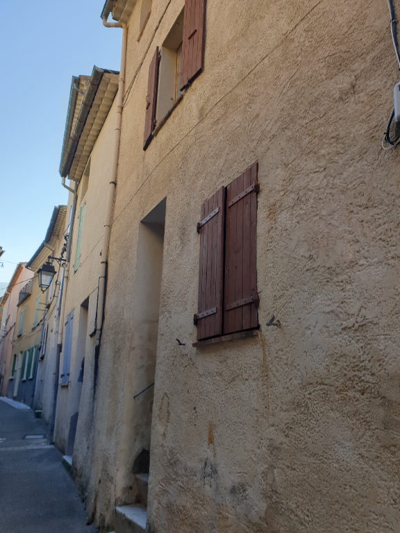 Nyons, ensemble de 2 maisons de village 06 18 47 35 47