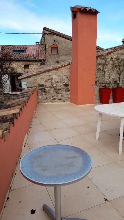 Maison de pays Saint Auban Sur L'Ouveze 5 pièce(s) 125 m2 0699425308