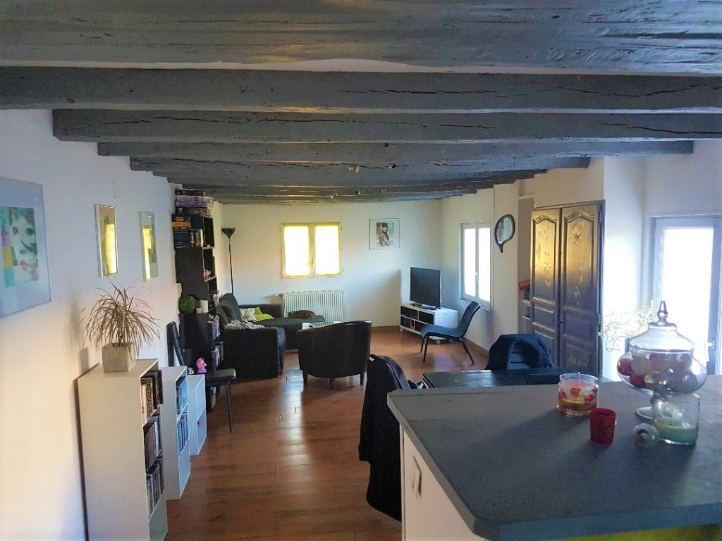 MAISON SAINT GEORGES, 3 CHAMBRES, 93 m².