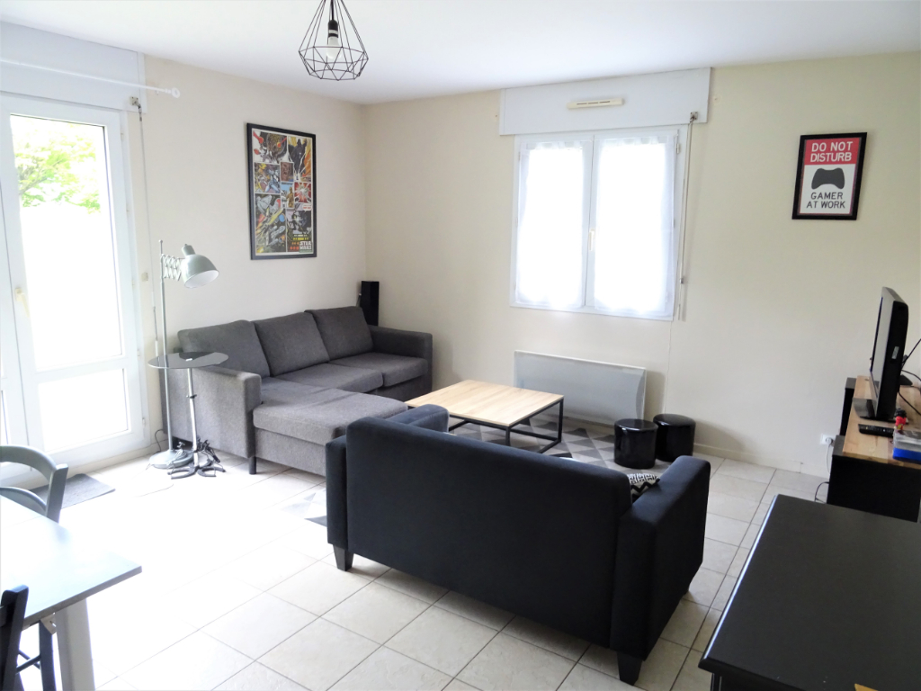 APPARTEMENT POITIERS, 2 CHAMBRES.