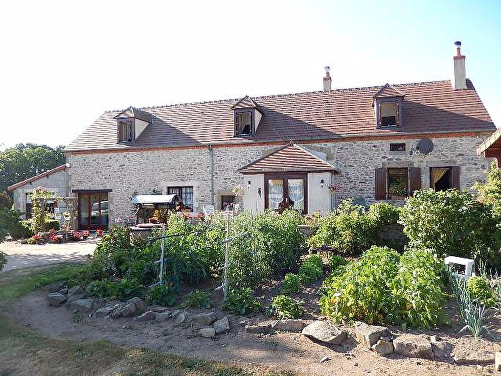 Maison Cerilly à proximité de la Forêt de Tronçais