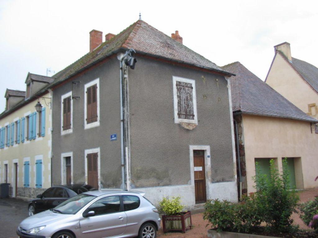 Maison Villefranche d Allier à rénover