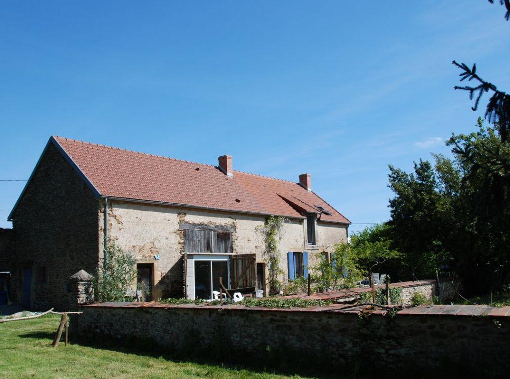 Maison , longère à St Priest la Marche