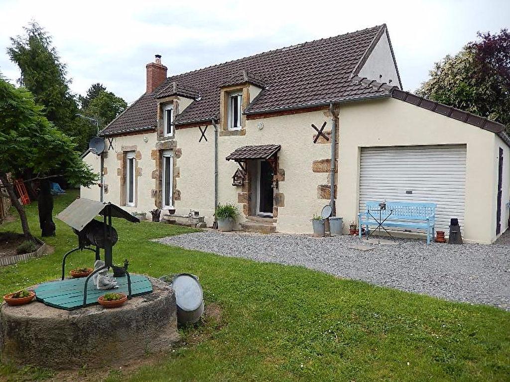 Belle maison située au calme sur une petite route en lisière du Forêt de Tronçais.