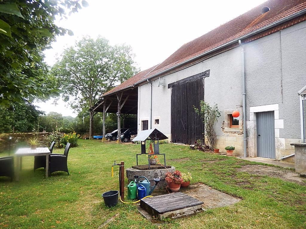 Maison Saint Palais, fermette, sur une superficie de presque 1 ha, possibilité de double  occupation.