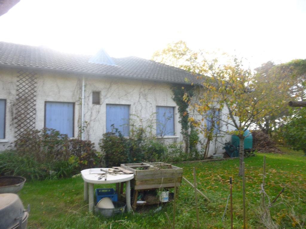 Maison de 170m² avec 4 chambres sur un terrain de 2750m²