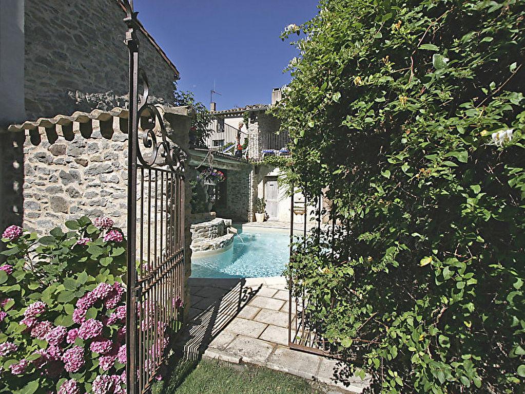 Maison de 180m² avec piscine