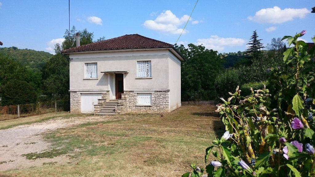 Maison Saint Cere 5 pi�ce(s) 81 m2