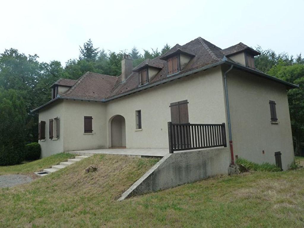 Maison Latronquiere 5 pièce(s) 135 m2