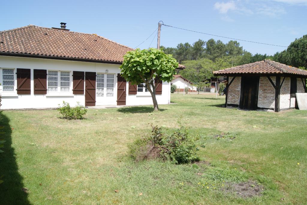 A vendre, maison à Léon