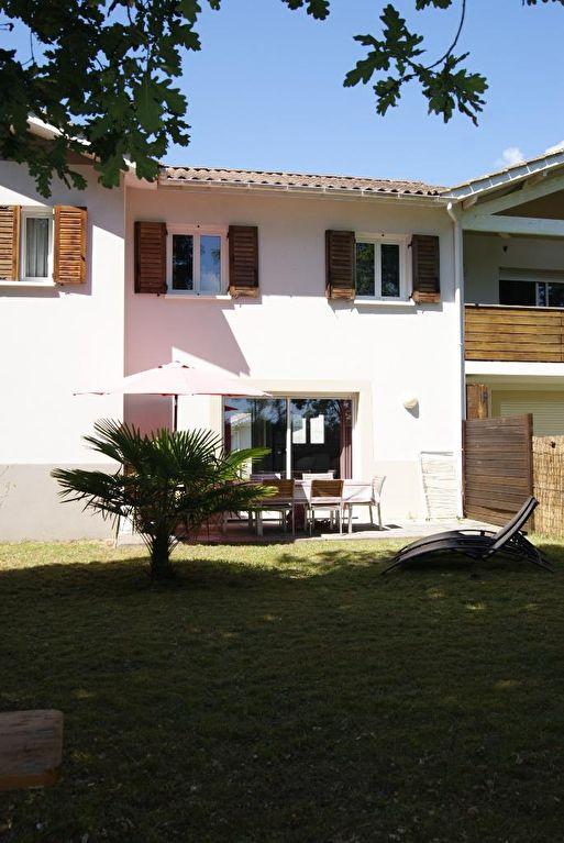 A vendre, appartement à Léon