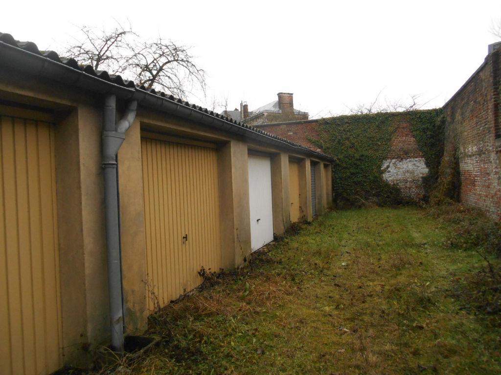 Vente garage parking saint quentin 18m 15 000 sur le for Garage ford saint quentin 02100
